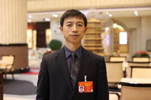 全国人大代表、山东省东营市市容环境卫生处张金海