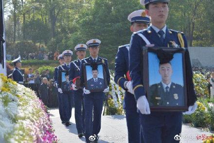 凉山木里灭火牺牲英雄名单公布生前剪影 凉山烈士七日祭现场图片